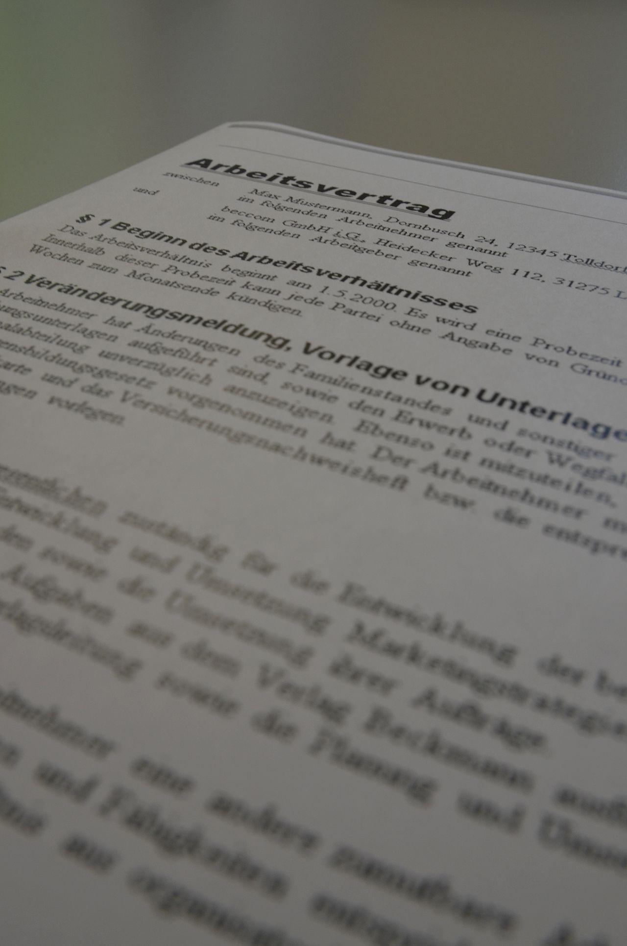 Rechtstipp: Arbeitsvertrag trotz mangelnder Sprachkenntnisse | LU-Web